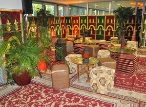 location et installation de décors orientaux - décors mille et une nuits - marché aux épices
